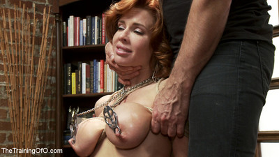 Nymphomanic milf is taught to be a domestic 10-Pounder service slut!