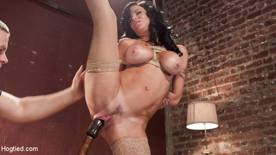 Please welcome the fabulous and sexy veronica avluv to hogtied! veronica is a ny