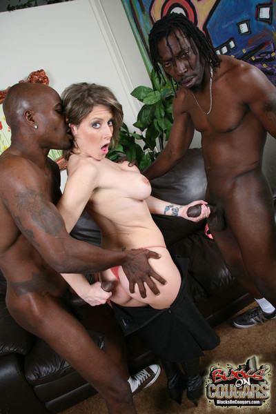 Velicity von vindictive wife digs and sucks swarthy jocks