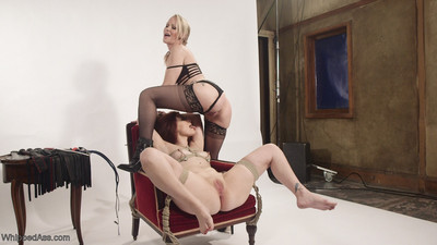 Casting couch: milf talent recruiter embarks on horny lesbian slut!