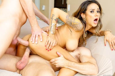 Nadia styles twofold penetrated