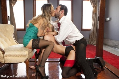 Roxy rox and nadia styles in a non-traditional threesome