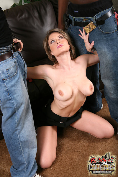 Titsy milf velicity von gets dual penetrated by black studs