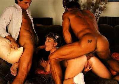 Vintage princess buffy davis slammed in hot threesome