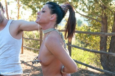 India summer obtains tied up and fucked