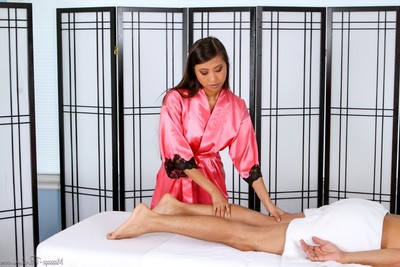 Hardcore massage with glamour lasses