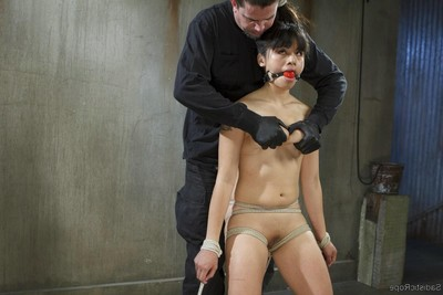 Teen oriental queen purchases fisted and punished in rope slaving