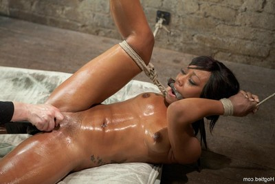 Hot kinky girl attains fucked in booty and cum-hole in subjection