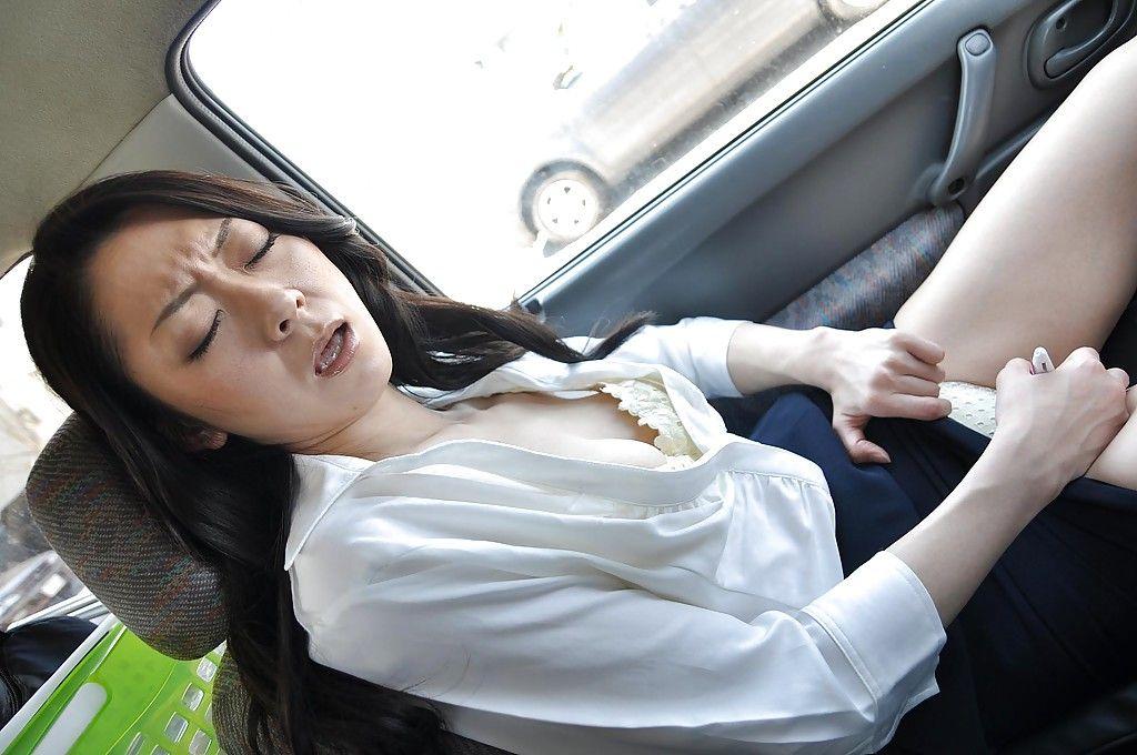 Chinese milf Saeko Kojima is demonstrating her backdoor whereas outdoor