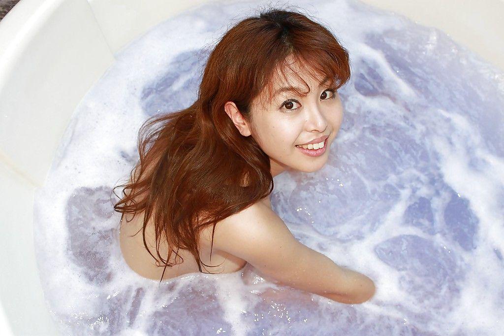 Redhead Japanese hottie Yuriko Hiratsuka pretty shower-room and playing with she