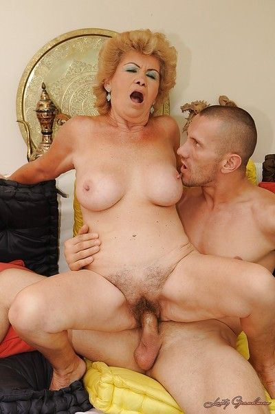 Gaffer granny gives a blowjob plus gets will not hear of muted cunt drilled hardcore