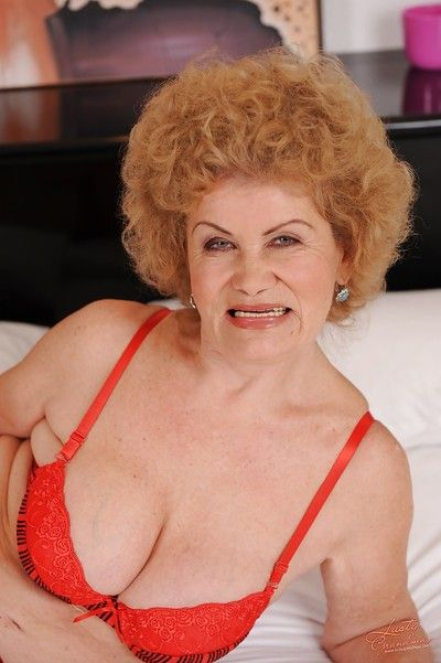 Lustful granny pulling retire from say no to unmentionables coupled with masturbating say no to tree