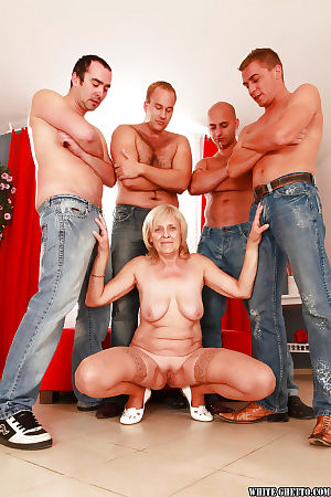 Unrestrained granny gets blowbanged together with fucked unconnected with team a few well-hung guys