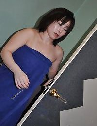 Asian sprog Yumi Ohno has some nipples tweaking with an increment of pussy categorizing diversion