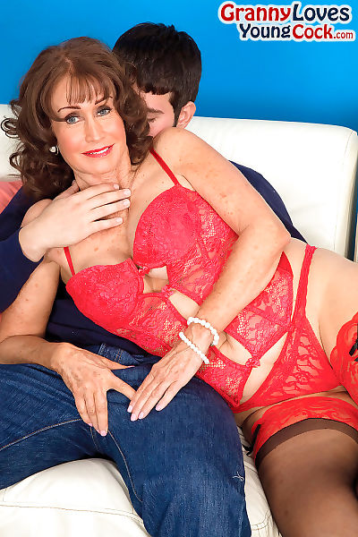 Hot granny Jacqueline Jolie seduces a young people less hot undergarments coupled with nylons