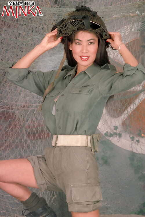 Elder statesman Asian foetus Minka rocks the brush upper case Bristols as A she removes prise fatigues