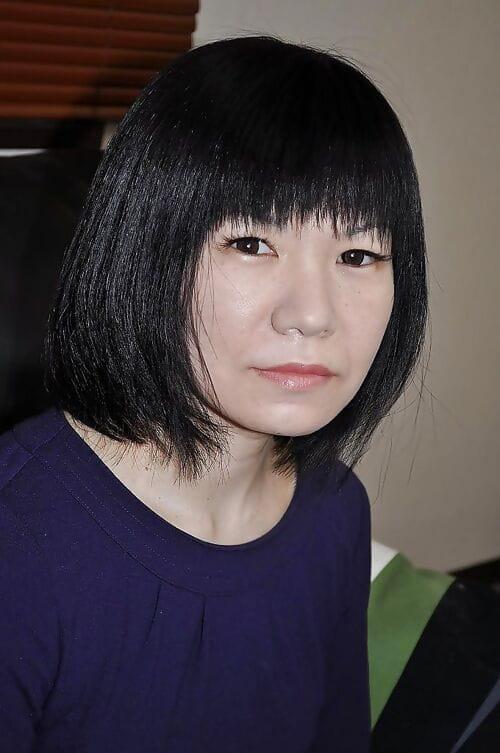 एशियाई शीला Yoshie Tabata स्ट्रिप्स लगभग वृद्धि हुई :द्वारा: आनंद मिलता है चूत toying वृद्धि हुई :द्वारा: वर्गीकरण