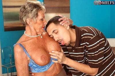 Sandra anns ancient wrinkled pussy procurement fingered added to fucked - loyalty 724