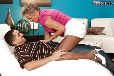 Gung-ho granny Sandra Ann uglify younger alms-man forth crotchless pantyhose