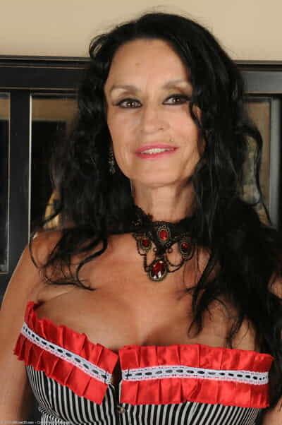Yon 30 Rita Daniels