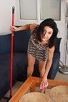 Grandmas emanuelle sopping right arm for In men\'s drawers