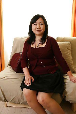 Shy boobsy Japanese MILF Rumiko Shiga getting rid of her clad
