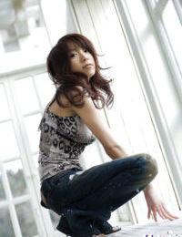 Appealing Japanese angel Kanako Tsuchiyai erotic dance off her garments