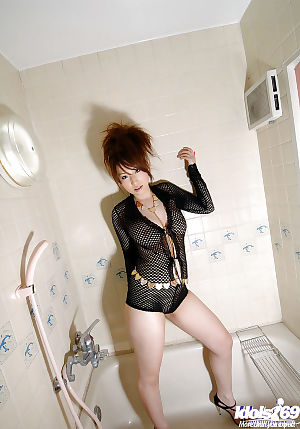 Sweaty Chinese darling on high heels Ai Sayama erotic dance and widening her legs