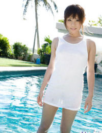 Little eastern coed with valuable mambos Aya Hirai erotic dancing by the pool