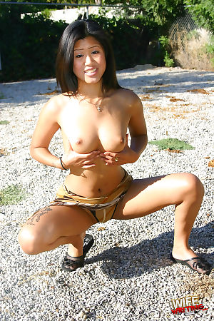 Seriously acrobatic busted Chinese pretty sucks a massive swarthy jock dry - part Teeny