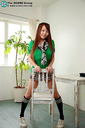 Japanese schoolgirl hitomi tanaka shows her heavy bra buddies - part 5141