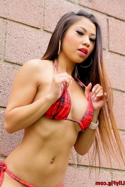 Clammy Chinese bikini beauty