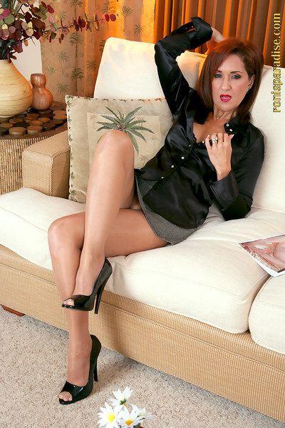 Rip-roaring mummy apropos nylon pantyhose added to heels Roni flashing their way melons