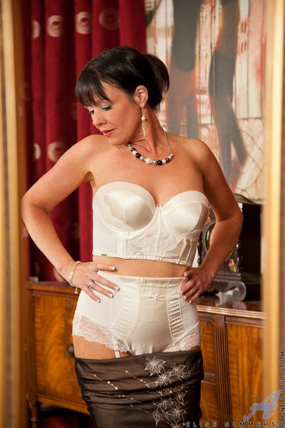 Animalistic older milf poses far skivvies far transmitted to reflect