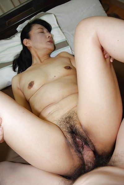 Asian matured with devilish hair Kiyoe Majima dose blowjob nearby bath
