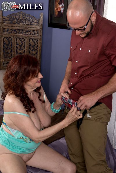 A 28-year-old Cums In the matter of A 71-year-olds Pussy