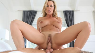 Brandi Love washes nearly to succeed in dirty continually