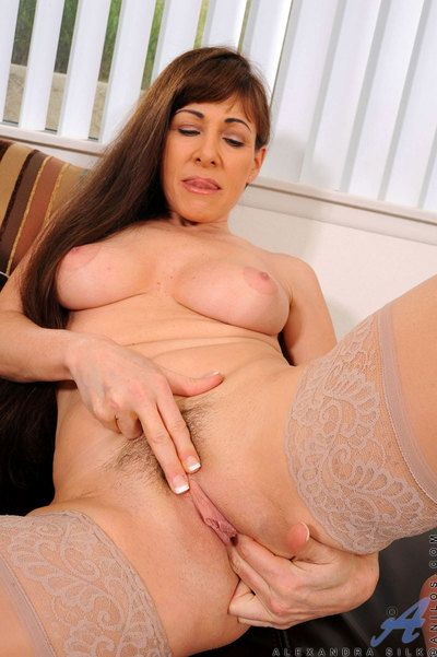 Handsome housewife Alexandra Silk likes on every side finger her hot mature pussy