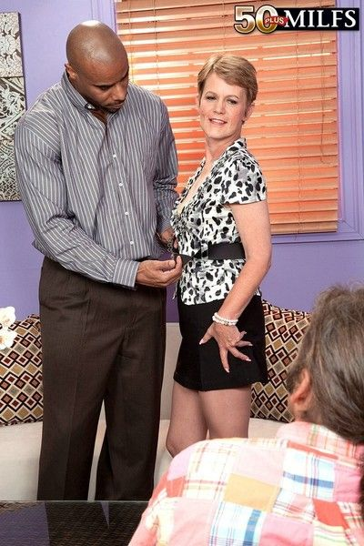 Full-grown fucked away from disastrous in interracial cuckold action