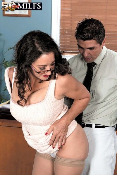 Super hot milf persia monir having la-de-da flannel with reference to fianc?