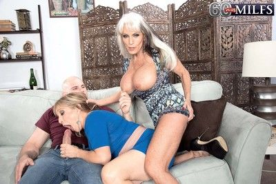 Milf suffuse dangelo and cougar luna azul sharing huge cock