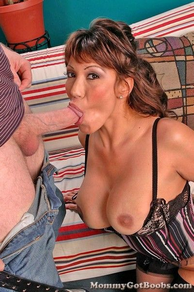 Well-endowed of age ava devine swallowing chubby cock.