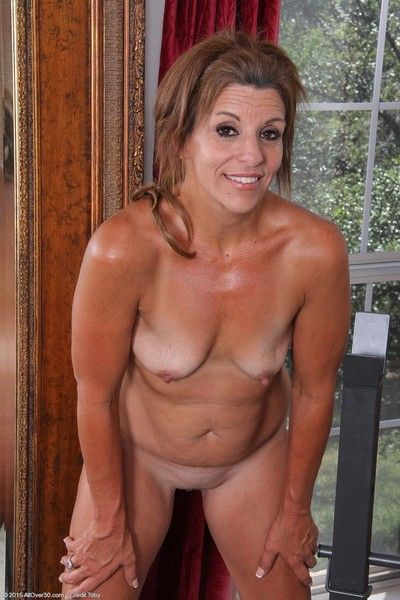 Natty mature spreads naked