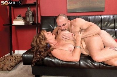 Fat pair matured sheri fox fucked in doggystyle