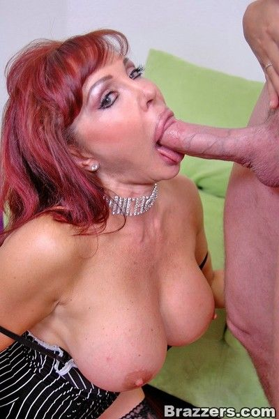 Order about mom charlee hunt sharing the brush cut corners cock apropos obese titted XXX vanessa