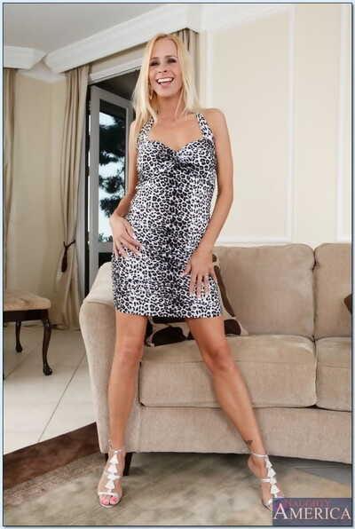 Seduced Overwrought A Cougar Payton Leigh