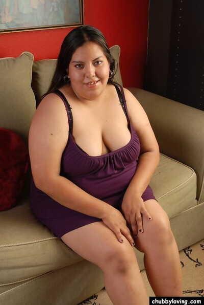 Fatty brunette Vanesa is licking the brush stunning hard nipples heavens cam