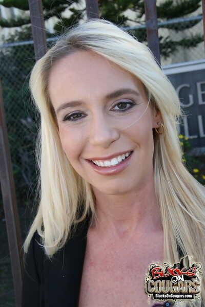 Amateur blonde MILF Debbie Baptize has a 1 on 1 stint concerning a fat black load of shit