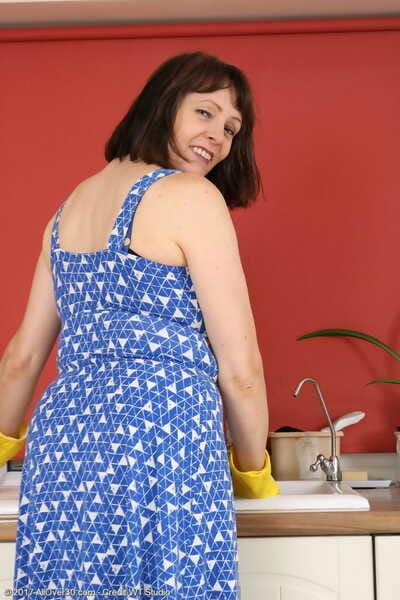 Fun busty mature Tigger squats topless down sheer pantyhose down burnish apply kitchen