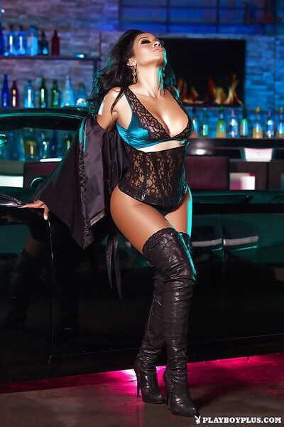 Stripper boot adorned mature brunette centerfold newborn Karlie Redd strutting